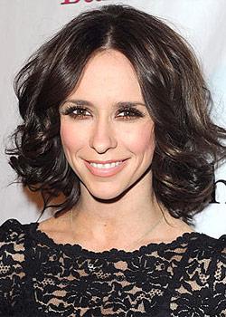 Jennifer_Love_Hewitt_Shoulder_Length_Hairstyle.jpg