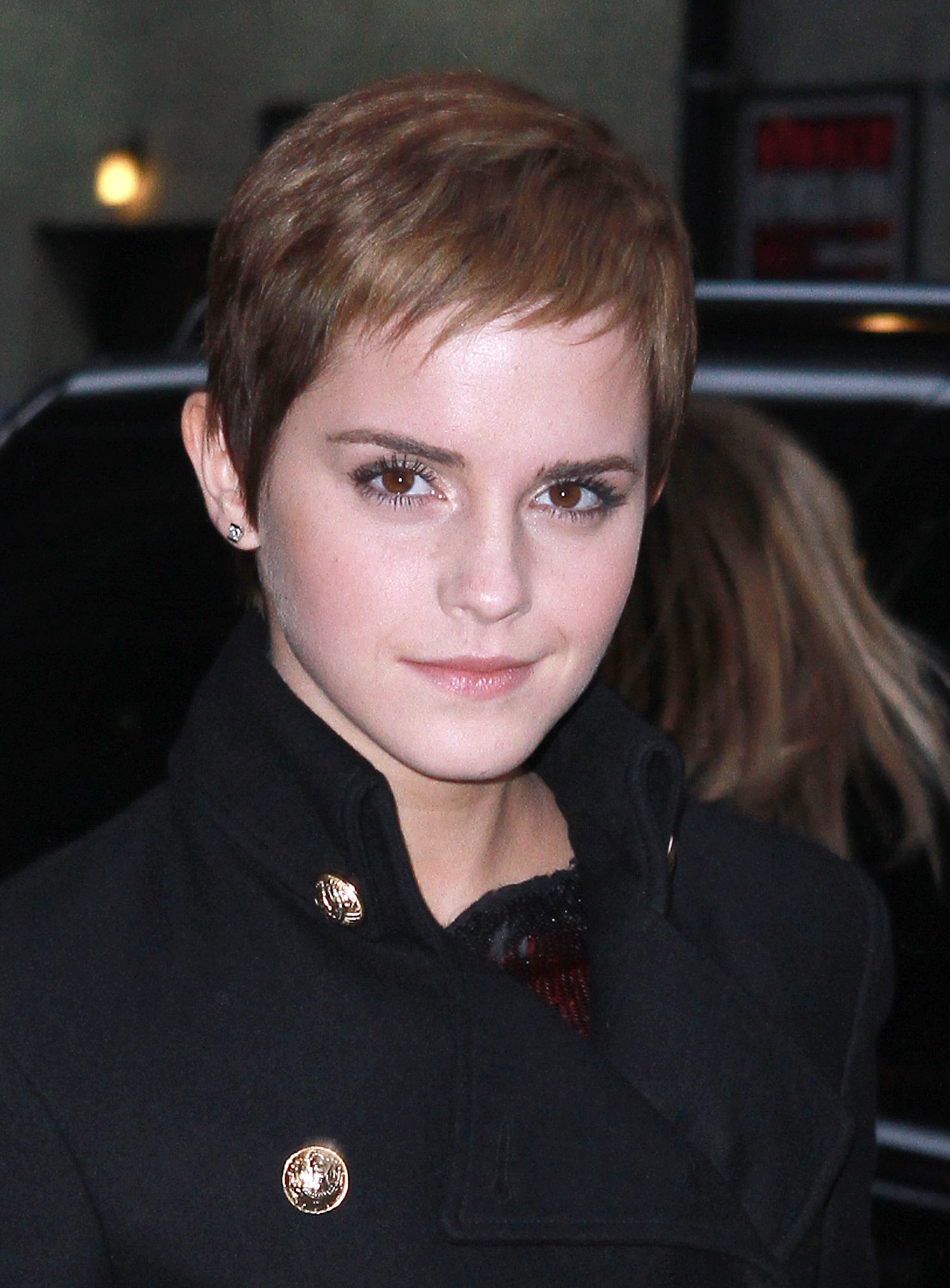 Emma Watson S Super Short Hairstyle Stylecaster
