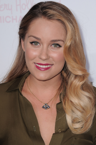Lauren_Conrad_how-to_eyeliner_Benefit.jpg (400x600)