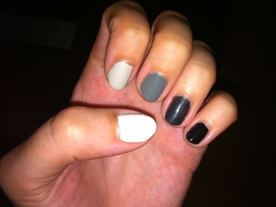 ombre_manicure_nail_polish_DIY.JPG (Wide)