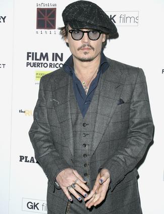 Johnny Depp(325x425)