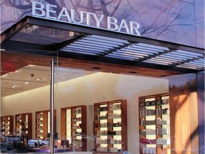 Beauty Bar Opening