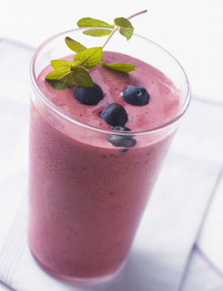 blueberrysmoothie cropped proto custom 14 BGRW: 5 SuperFoods Every Fitness Gal Should Eat