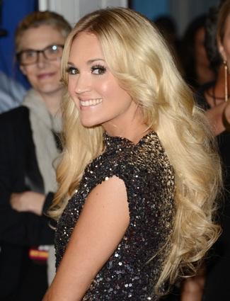 Does Carrie Underwood Need A Hair Extension Intervention