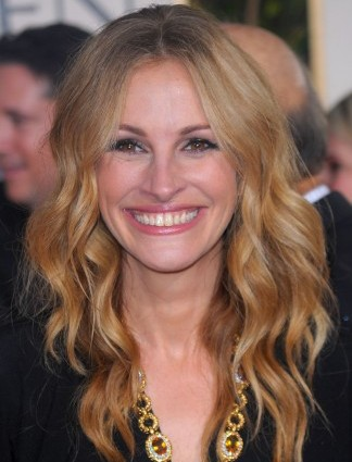 95841622 10 e1345216911486 The Secret To Julia Roberts Smile