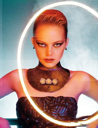 ss emma stone interview Emma Stone Looks Fiercely Futuristic, Snooki Gives Birth
