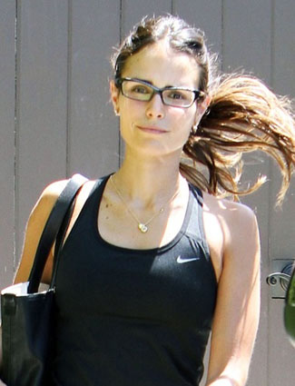 ss jordana brewster bare face How To Enhance Your Natural Beauty