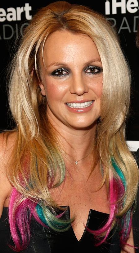 britneyspearscolorfulhairtr News: Britney Spears Colored Tips, Lena Dunhams Emmys Look