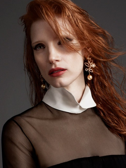 News: Jessica Chastain Covers Crash; Anne Hathaway Ties The Knot In Custom Valentino