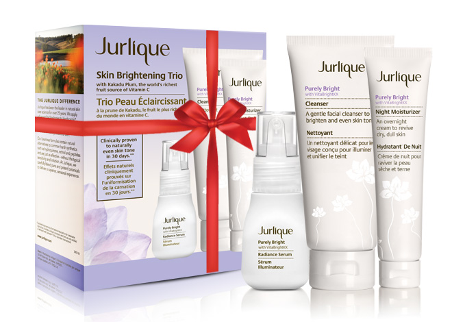 pbholidaytrio Giveaway! Enter to Win a Skin Brightening Holiday Kit