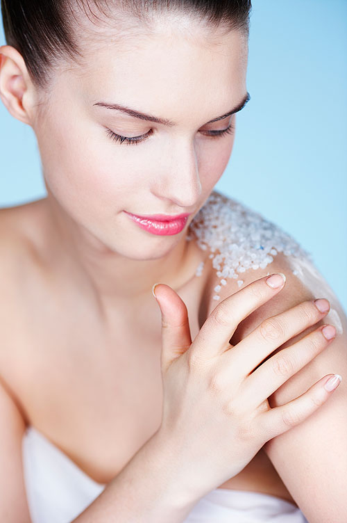 The dos and don'ts of exfoliating your body
