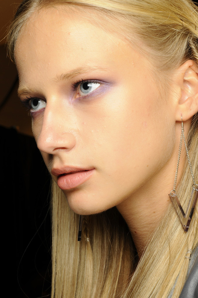 The smoky eye at Nicole Miller Spring/Summer 2013