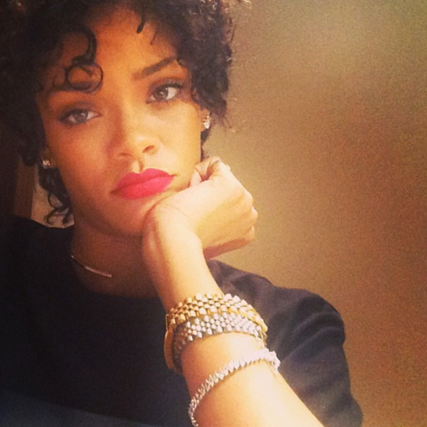 Rihanna's new short haircut