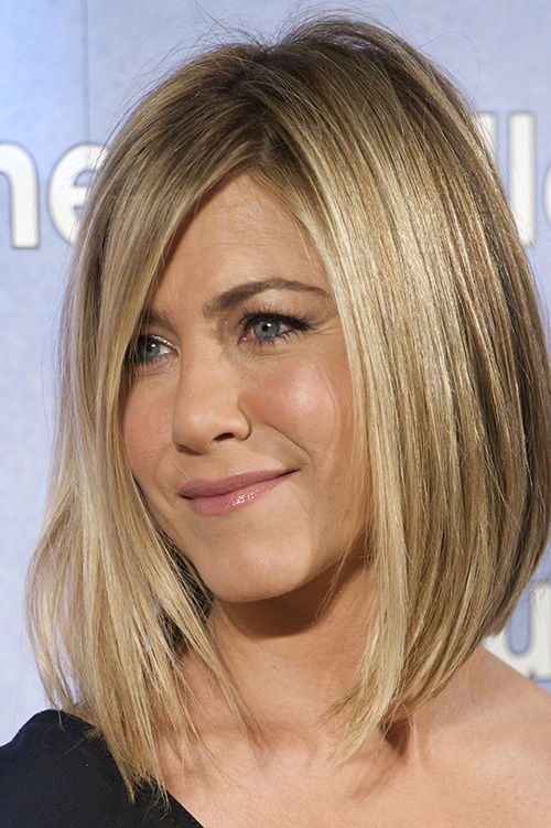Jennifer Aniston Chops Off Her Hair After Brazilian Blowout