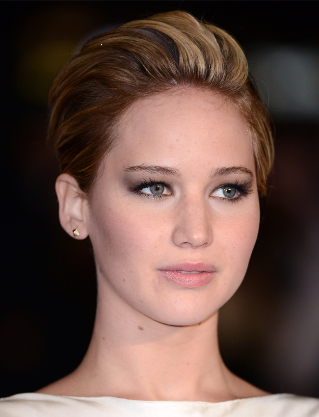 Why We Now Love Jennifer Lawrence S Pixie Haircut Stylecaster