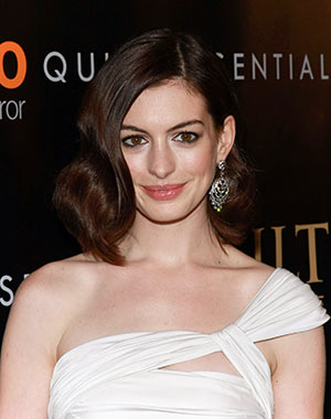 Anne Hathaway at The Last Emperor premiere