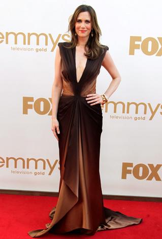 Emmys_Good Kristen Wiig Zac Posen.jpg