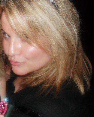Lisa  blonde.jpg