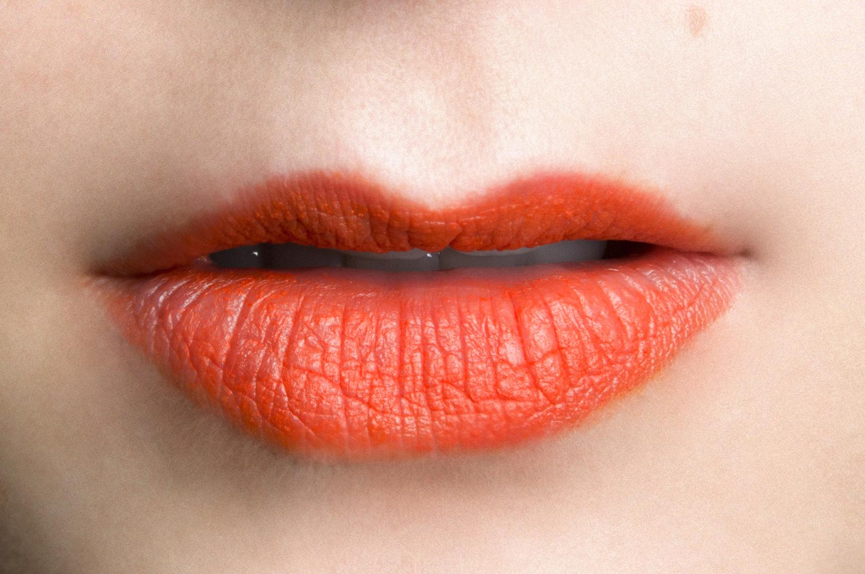orange lipstick spring makeup