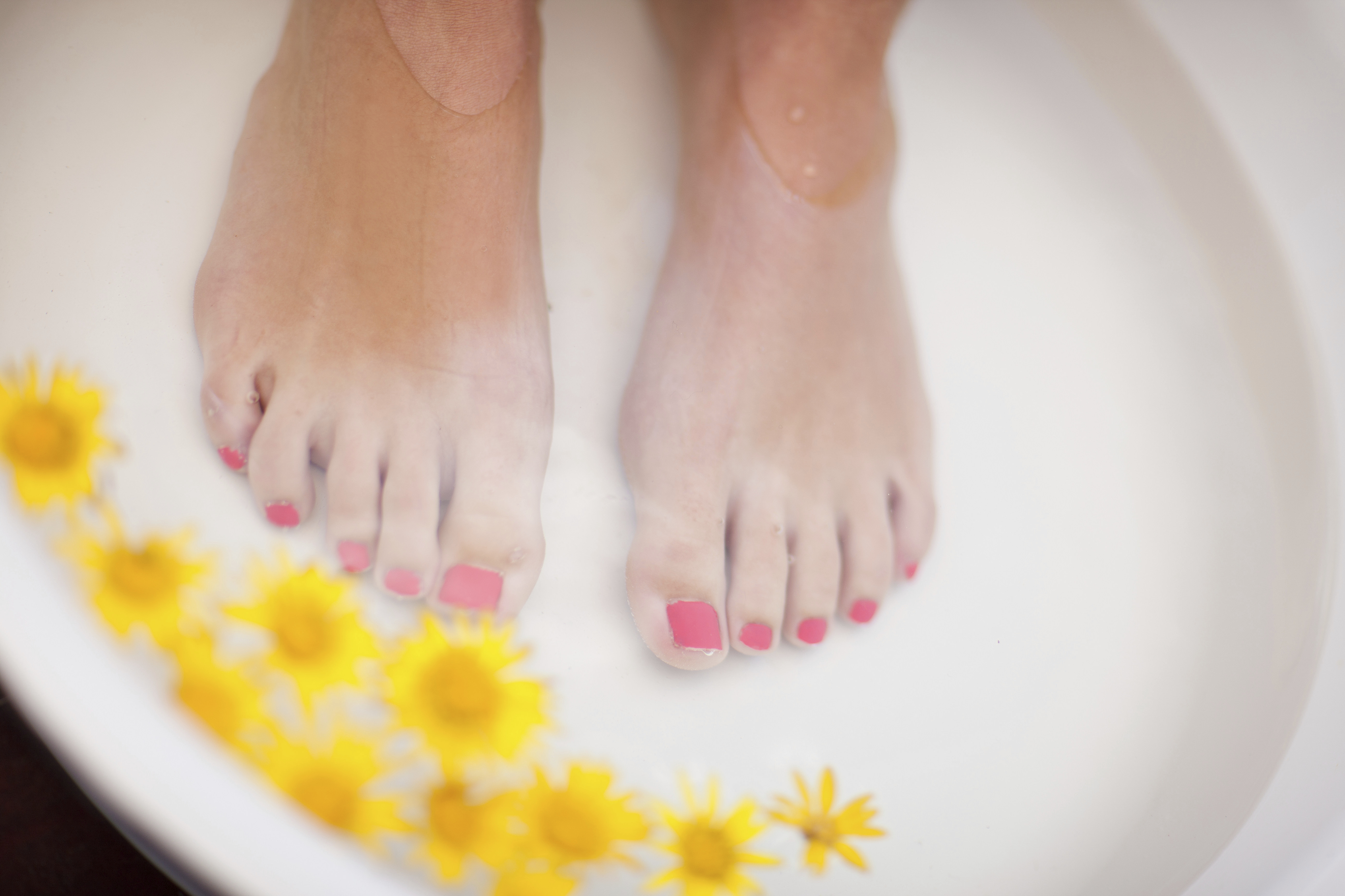 How to make a pedicure yourself