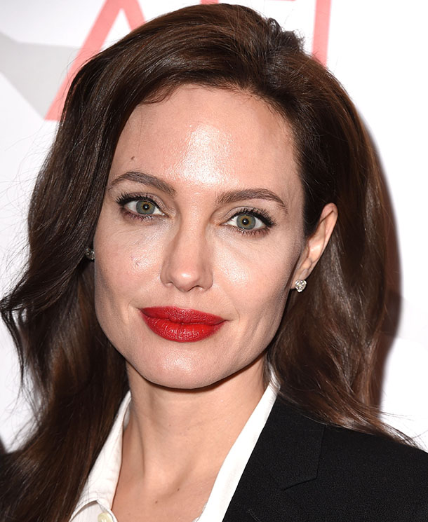 The 5 Best Beauty Lessons We Ve Learned From Angelina Jolie Stylecaster