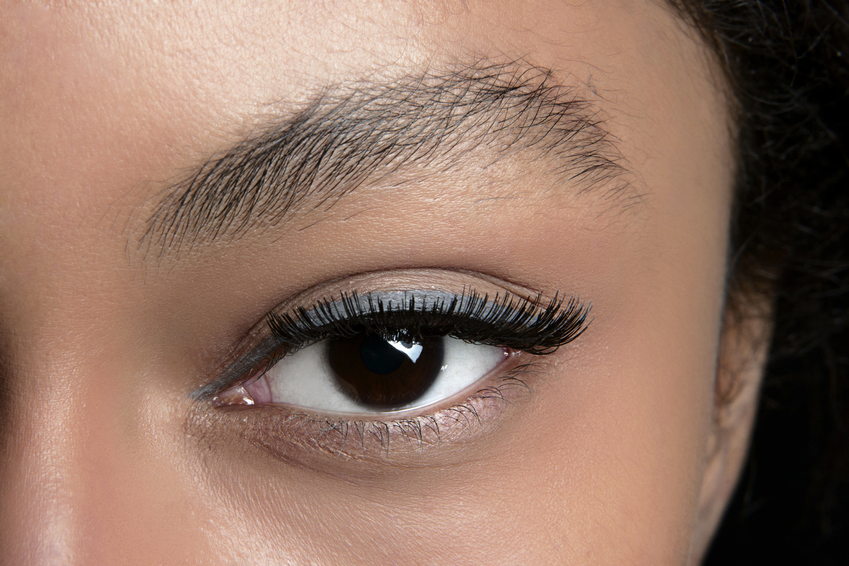 How to Remedy a Brow-Plucking Disaster | StyleCaster