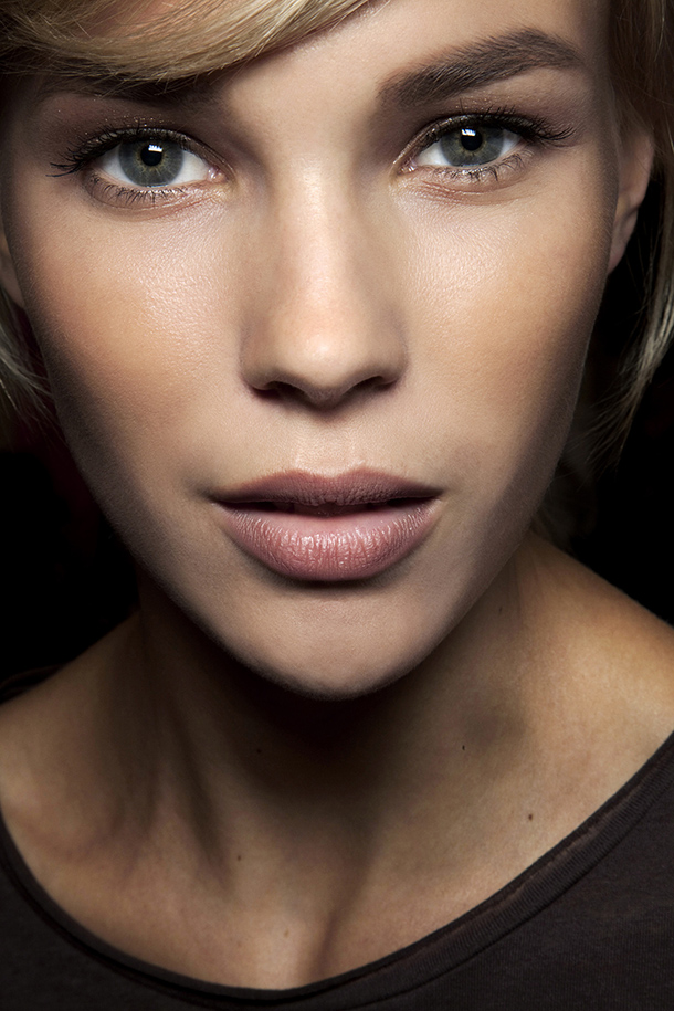 91719ff91ca 8 Secrets to Perfect Mascara Application Every Time | StyleCaster