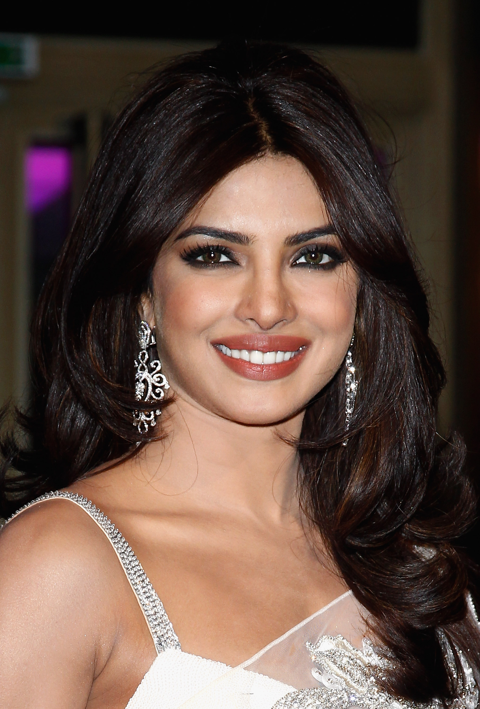 Beauty Inspiration Priyanka Chopra Stylecaster