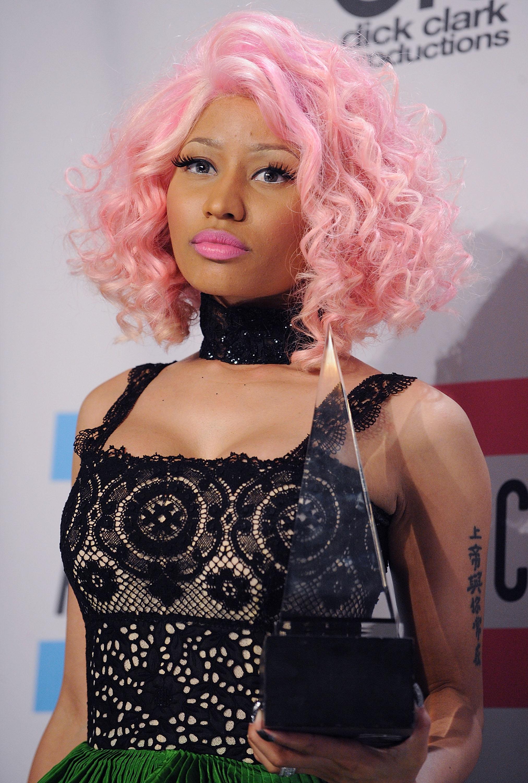 See Nicki Minaj S Beauty Transformation Stylecaster