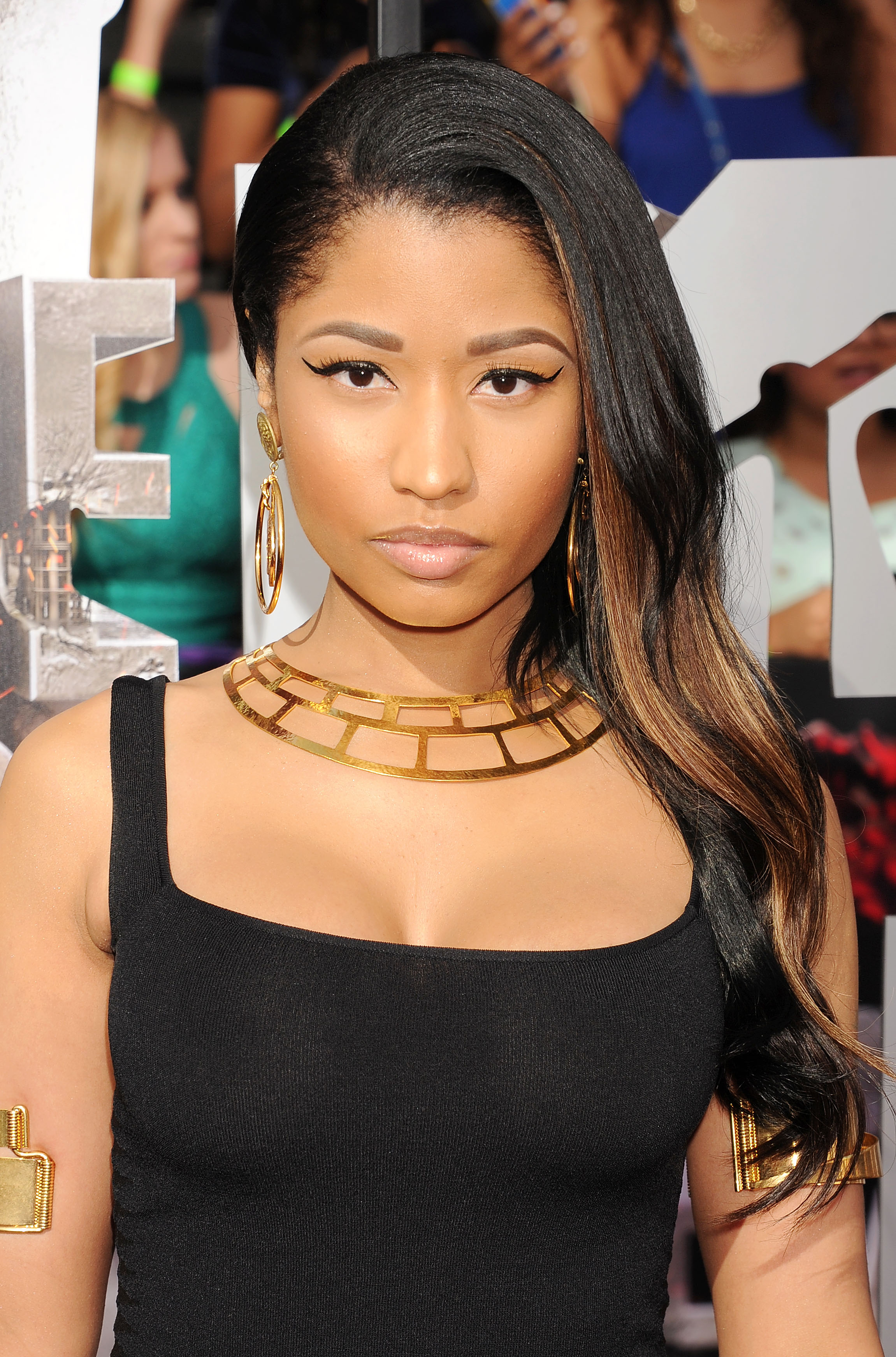 See Nicki Minaj S Beauty Transformation Stylecaster
