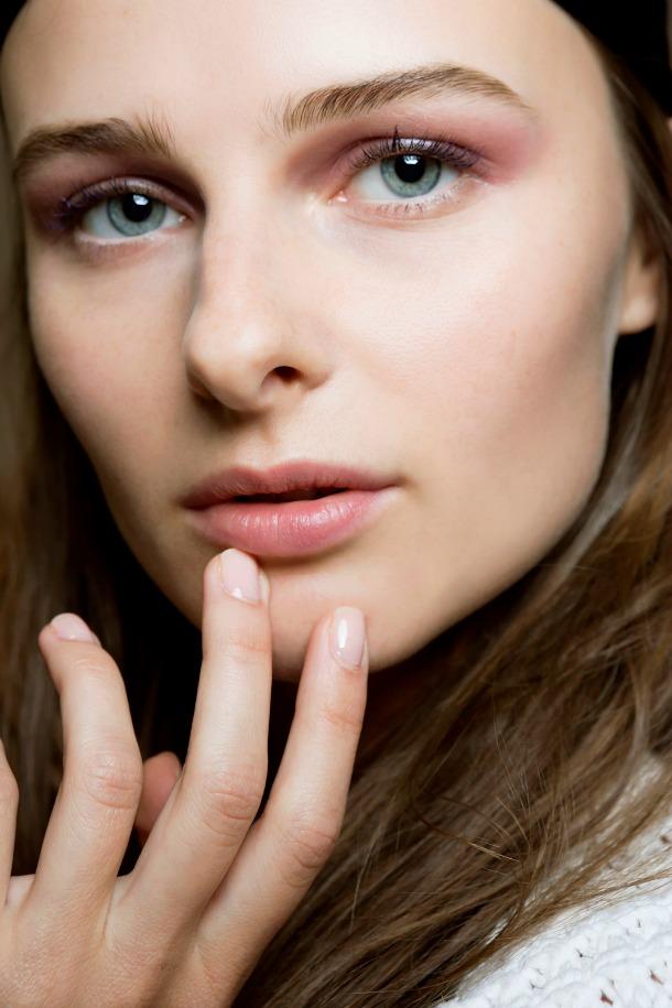 berry eyeshadow