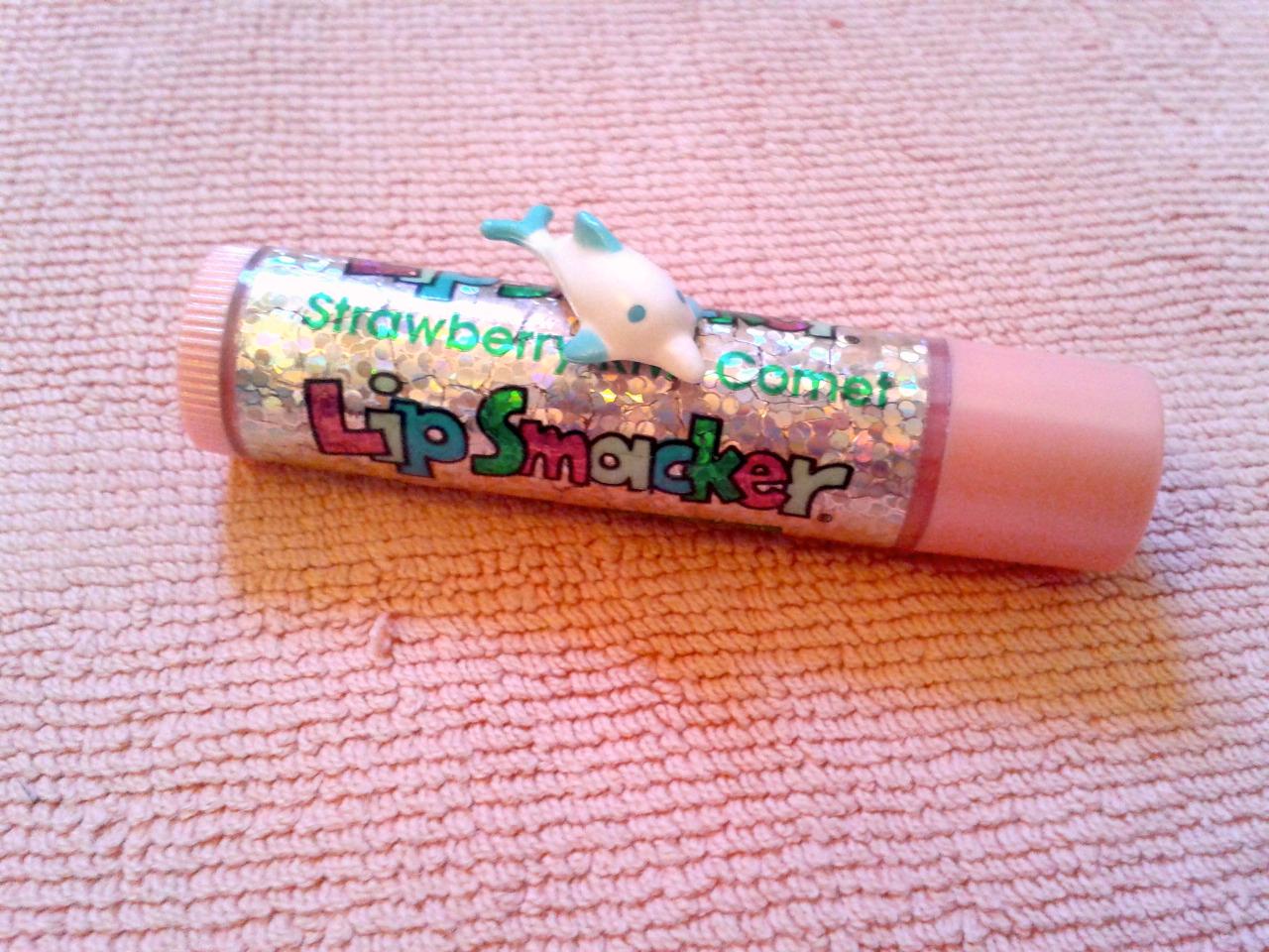 strawberry kiwi comet lip smacker