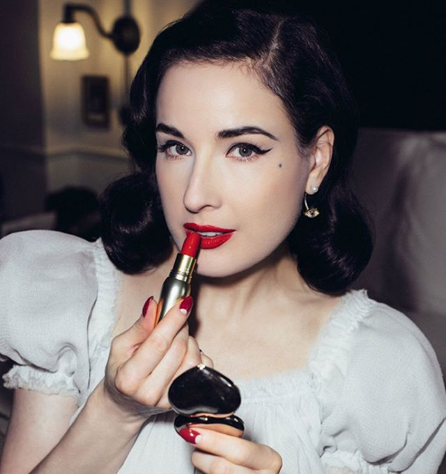 Natazsha Icon Dita Teese: The 25 Best Beauty Lessons We've Learned From Dita Von