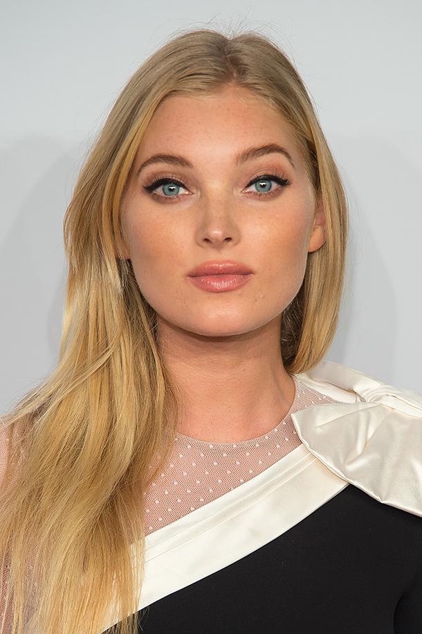 564c1550216 elsa hosk story Elsa Hosk Shares Her Secret Beauty Talent—Plus Her Go To  Eyeliner