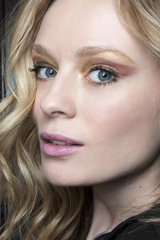 pastel lipstick